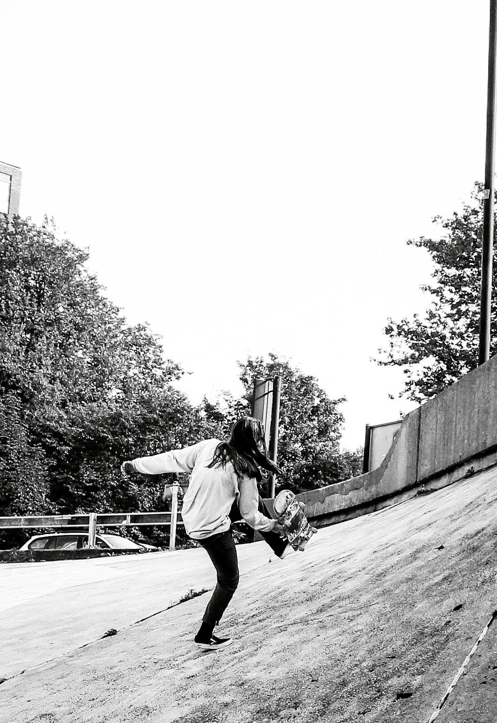 Girl skateboarding photography